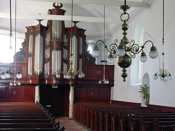 Usquert int richting orgel